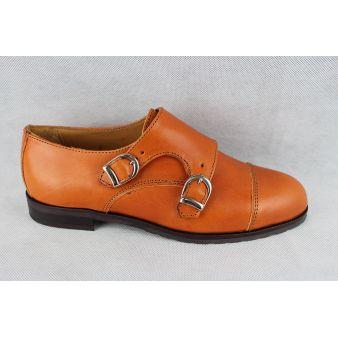 Lady's dual buckle shoe...