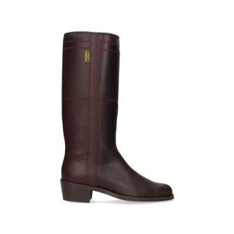 Pilgrimage boot with heel