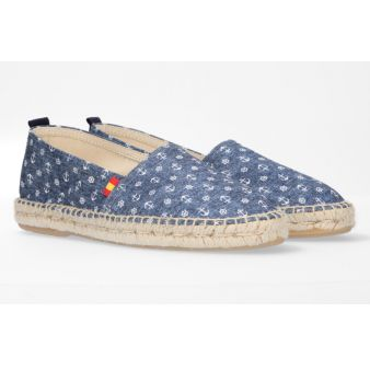 Camping sneaker with rudder...