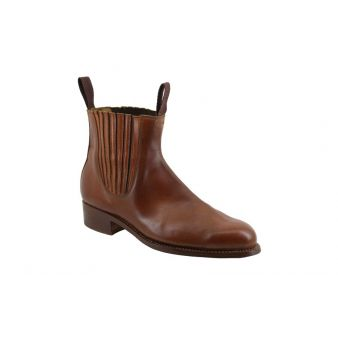 Handcrafted moulded short boot