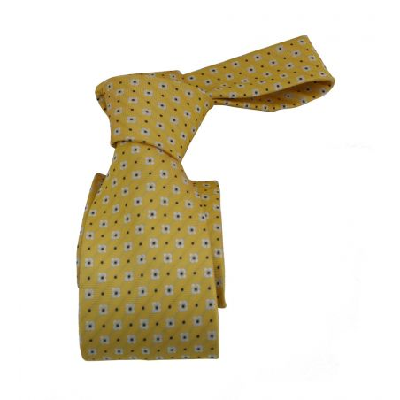 Corbata amarilla con flores