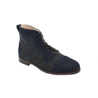 Lady's navy suede boot