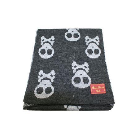 Bufanda calavera negro y gris
