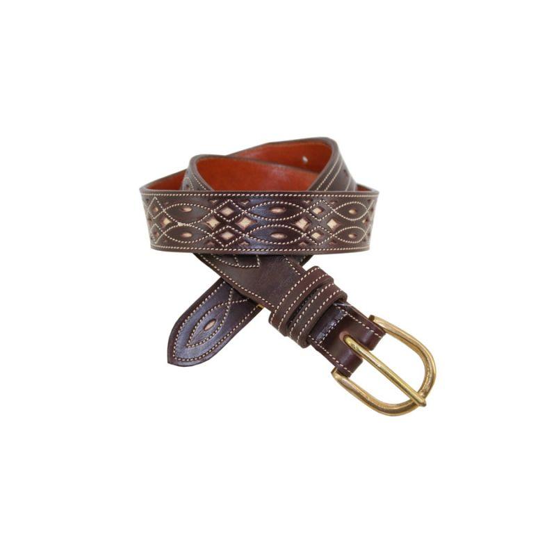Cinturon artesano ternera con fondo blanco