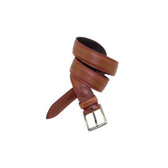 Cinturón pespuntes contrastado cuero