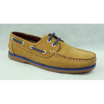 Camel laced deck shoe
