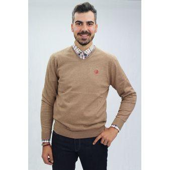 Camel V-neck pullover